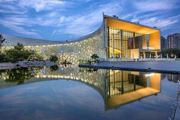 长沙展厅设计公司空间设计时的几个笔直要素?